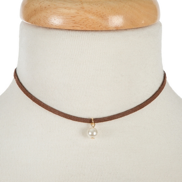 "Brown faux suede choker with a 10mm pearl bead pendant. Approximately 12"" in length."