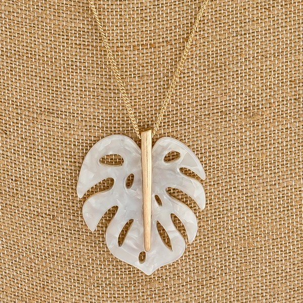 "Resin Palm Leaf Pendant Necklace.  - Pendant 1.75""  - Approximately 28"" L overall"