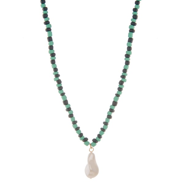 "Color beaded Baroque Pearl necklace.  - Pearl approximately 1"" - Approximately 16"" L overall  - 3"" extender"