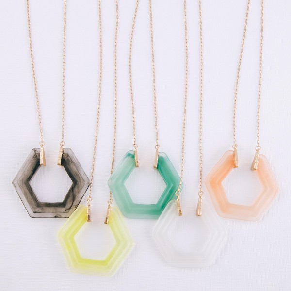 """Octagon resin pendant necklace.  - Pendant approximately 2"""" in diameter - Approximately 34"""" in length with 3"""" extender"""