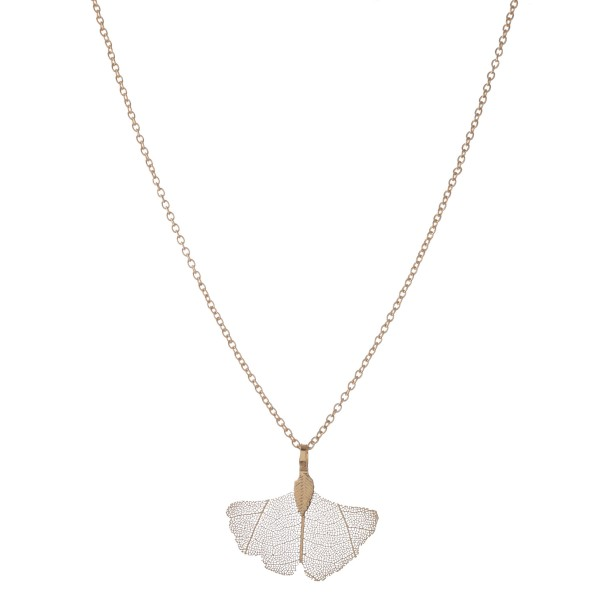 "Filigree ginkgo leaf pendant necklace.  - Pendant approximately 1.5"" W x 1"" T - Approximately 20"" L  - 3"" extender"