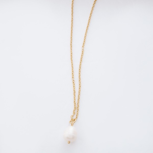 "Ivory Freshwater Pearl Necklace.  - Pearl 10mm - Approximately 18"" L overall - 3.5"" extender"