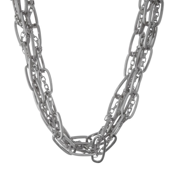 "Chunky oval chain link cluster statement necklace.  - Approximately 16"" L  - 3"" extender"