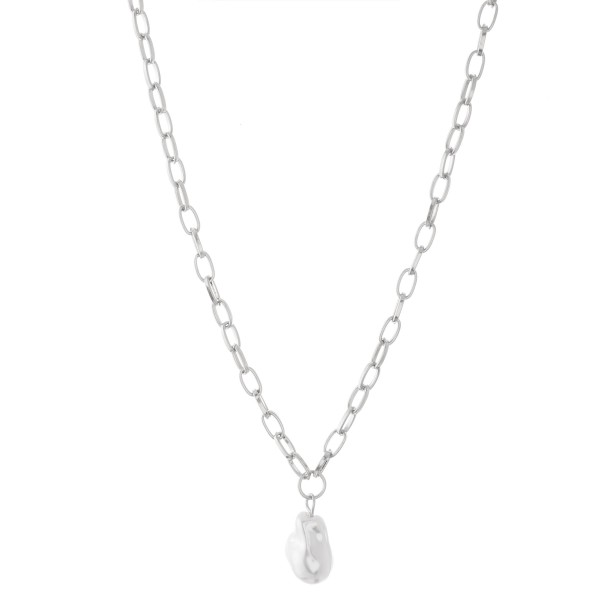 "Chain link Baroque Pearl necklace.  - Pearl approximately .75""  - Approximately 18"" L overall - 3"" extender"