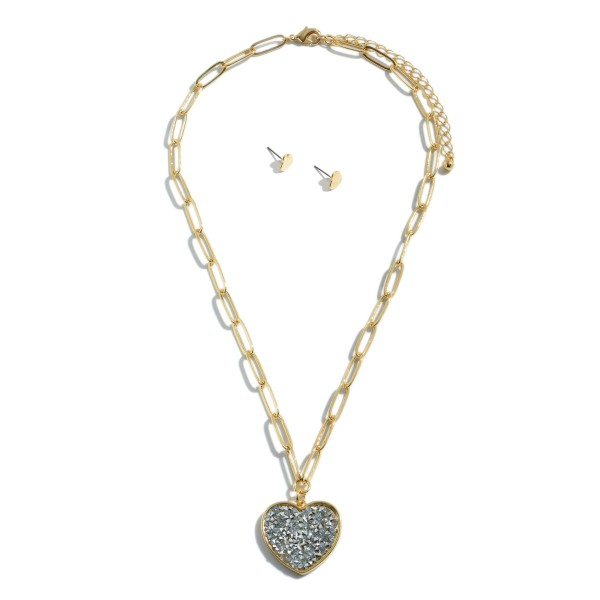"Chain Link Rhinestone Filled Heart Pendant Necklace in Gold.  - Pendant 1""  - Approximately 16"" in Length - 3"" Adjustable Extender"
