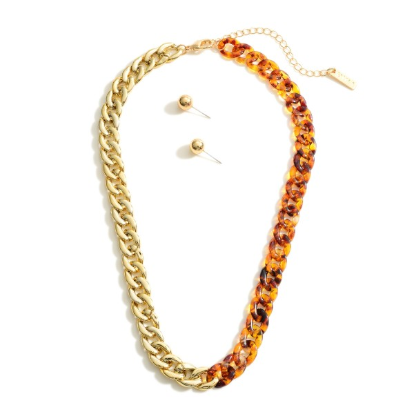 """Chain Link Necklace Featuring Gold and Resin Accents.   - Approximately 18"""" Long"""