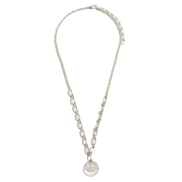 """Metal Smiley Chain Necklace.  - Pendant 1' in Diameter - Approximately 20"""" in Length - 3"""" Extender"""