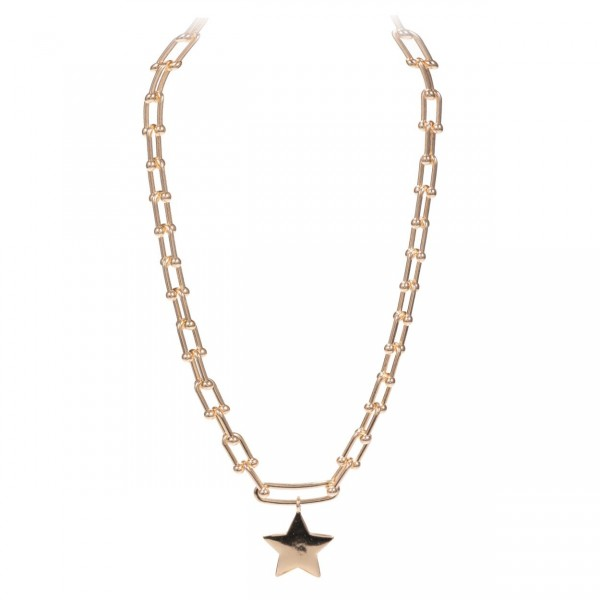 """Chain Link Necklace Featuring Star Pendant.   - Approximately 18"""" Long"""