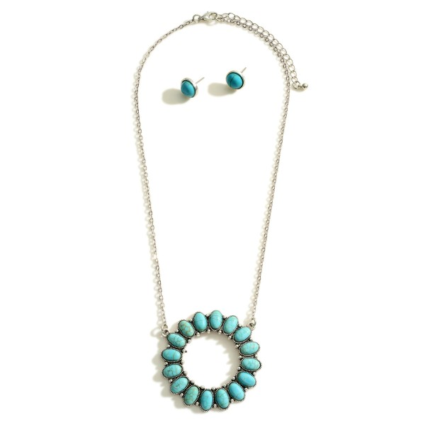 """Silver Chain Western Necklace Featuring a Turquoise Pendant and Matching Stud Earrings.  - Necklace Approximately 9"""" in Length - Earrings Approximately .5"""" in Diameter"""