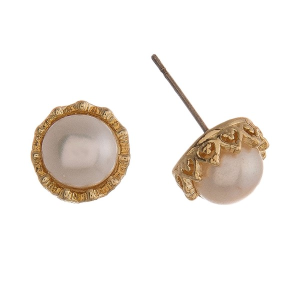 """Pearl earring with metal accent. Approximately 1/4"""" in size."""
