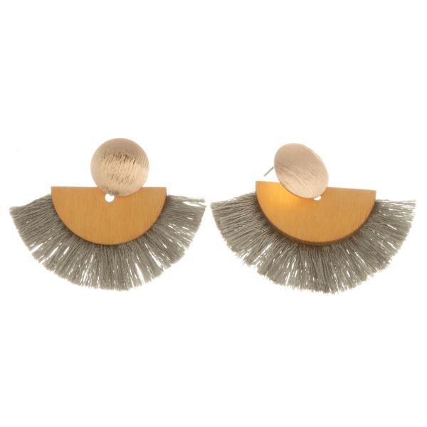 Wholesale short earrings gold metal posts wood details soft tassels