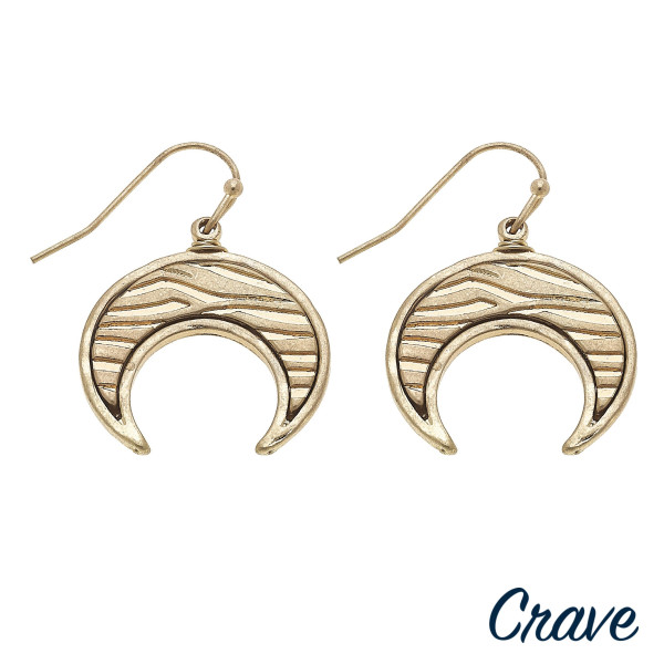 """Short metal earring with crescent details. Approximate 1"""" in length."""