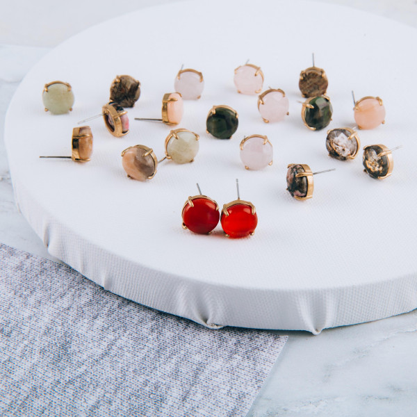 Natural stone inspired stud earrings. Approximately 1 cm in diameter.