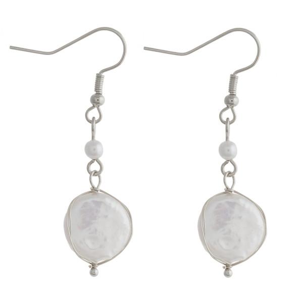 """Faux peal dangle earrings. Approximately 1.25"""" in length."""