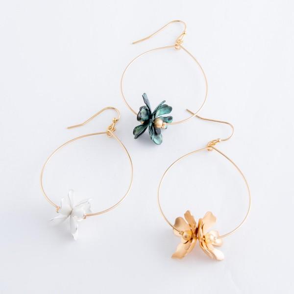 """Gold tone flower drop earrings.  - Approximately 2.5"""" L"""
