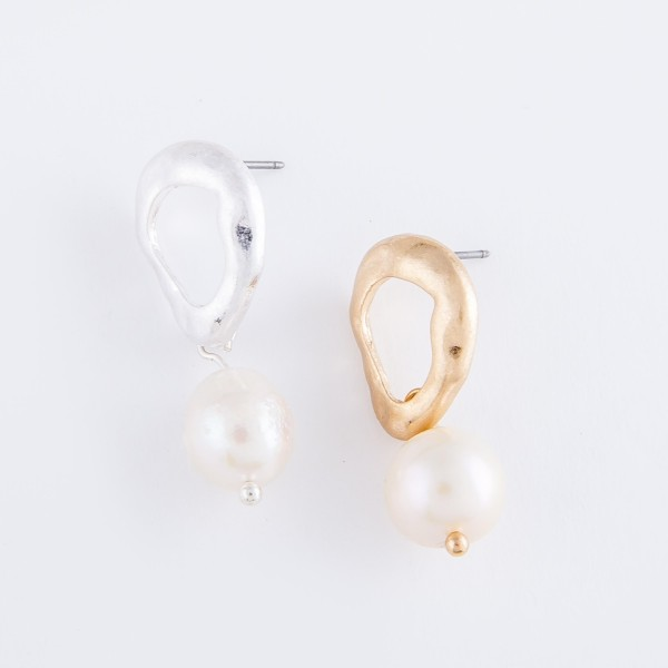 """Inverted Hammered Pearl Drop Earrings.  - Approximately 1"""" L"""