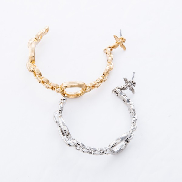 """Designer Inspired Chain Link Hoop Earrings Featuring Bee Accent.  - Approximately 2"""" L  - Approximately 2"""" in Diameter"""