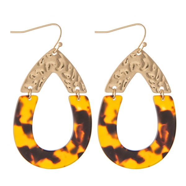 Tortoise Resin Link Teardrop Earrings.