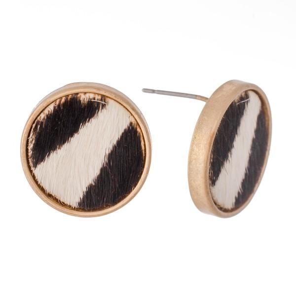 Wholesale genuine Leather Zebra Print Cow Hide Button Stud Earrings mm diameter