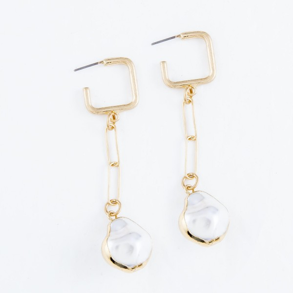 "Chain Link Ivory Pearl Square Hoop Drop Earrings in Gold.  - Approximately 3"" L"