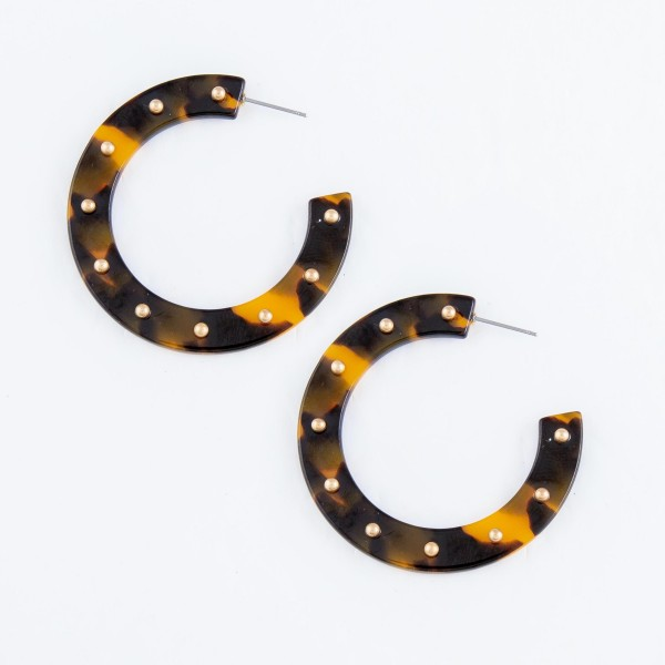 Tortoise Shell Acrylic Hoop Earrings Featuring Stud Accents in Gold.  - Hoop Diameter 2""