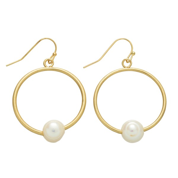 Wholesale circle Drop Earrings Gold Ringed Pearl Detail Pearl mm