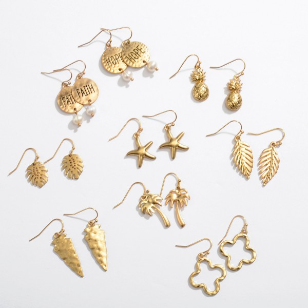 "Short Palm Leaf Drop Earrings in Gold.  - Approximately 1"" in Length"
