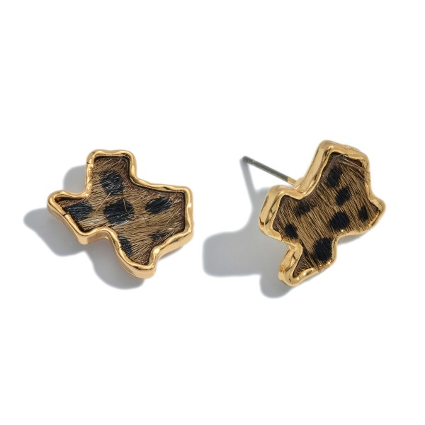 "Genuine Leather Cheetah Print Texas State Stud Earrings.  - Approximately .75"" in Size"
