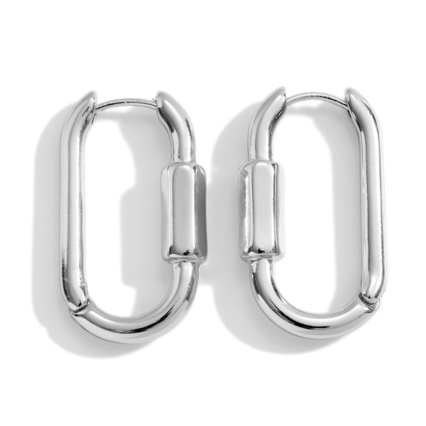 """Metal Chain Inspired Earrings Featuring Hinge Closure.   - Approximately 1"""" in Length"""