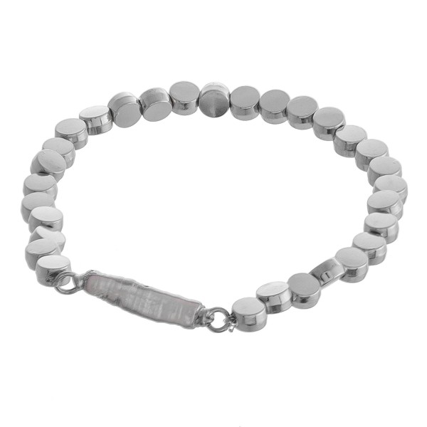 "Metal disc beaded faux pearl stretch bracelet.  - Approximately 3"" in diameter unstretched - Fits up to a 6"" wrist"