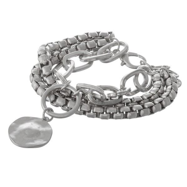 "Chunky box chain link hammered charm bracelet.  - Lobster clasp - Adjustable 1"" extender - Approximately 3"" in diameter - Fits up to an 8"" wrist"
