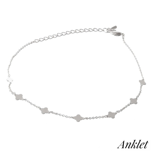 """Dainty Clover Chain Linked Anklet.  - Approximately 4"""" in diameter - Adjustable 4"""" Extender - Fits up to an 8"""" ankle"""