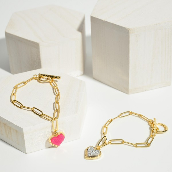 "Chain Link Druzy Heart Charm Toggle Bar Bracelet.  - Heart Charm .5""  - Approximately 3"" in Diameter"