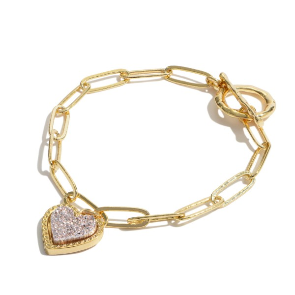 "Chain Link Druzy Heart Toggle Bar Bracelet in Gold.  - Heart .5""  - Approximately 3"" in Diameter"