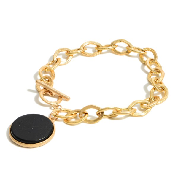 """Gold Chain Link Bracelet Featuring Natural Stone Pendant.   - Approximately 2.5"""" Diameter  Toggle Closure"""