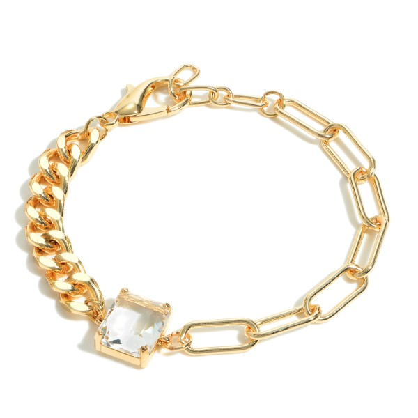 "Gold Chain Link Bracelet Featuring Crystal Accent.   - Approximately 2.5"" in Diameter"