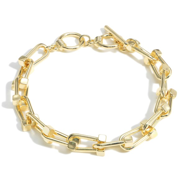 """Gold Chain Link Bracelet featuring Toggle Closure.  - Approximately 2.5"""" in Diameter - Toggle Closure"""