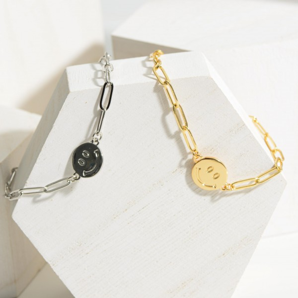 """Chain Link Bracelet Featuring Smiley Face Pendant.   - Approximately 3"""" in Diameter"""