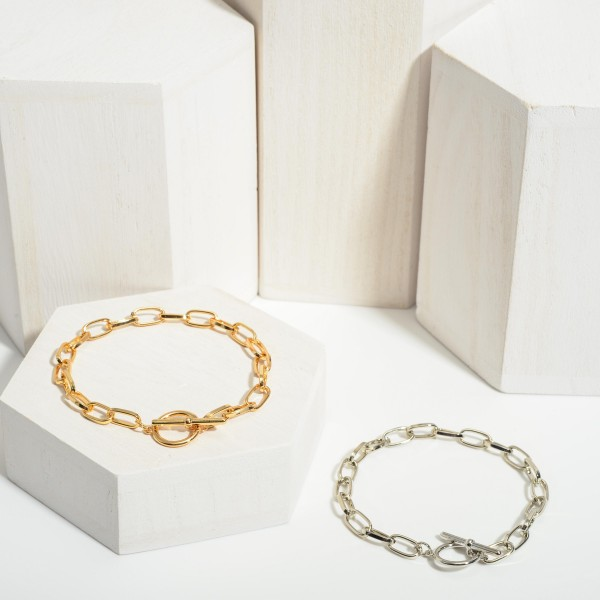 """Chain Link Bracelet Featuring Toggle Closure.   - Approximately 3"""" in Diameter"""