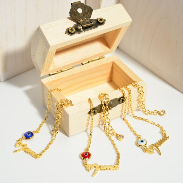 """Gold Dipped Evil Eye Anklet that says """"Mama"""".  - Gold Dipped - Approximately 3"""" in Diameter - Extender Approximately 2"""" in Length"""