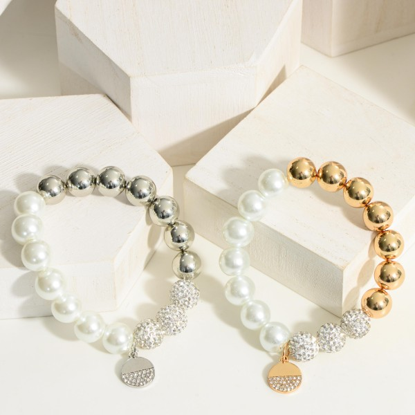 """Pearl Bracelet Featuring Silver Accents.  - Approximately 2.5"""" in Diameter"""