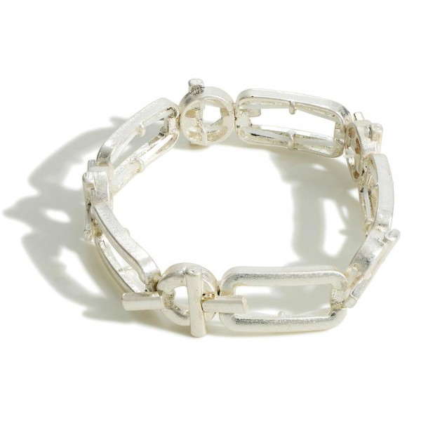 """Silver Chain Link Bracelet.   - Approximately 2.5"""" Diameter - Toggle Closure"""