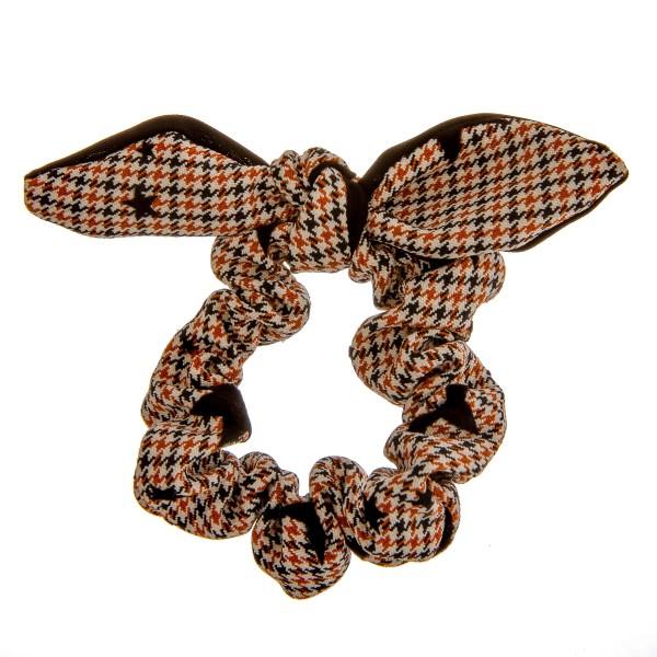 Houndstooth velvet star bow hair scrunchie.  - One size - 100% Polyester