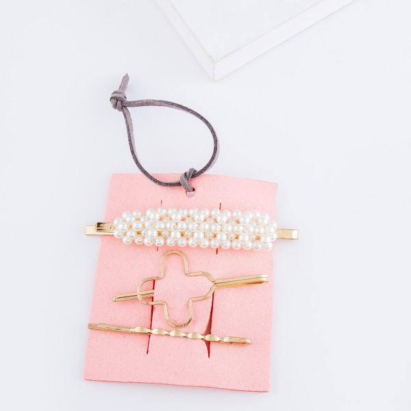 "Ivory Pearl Quatrefoil Hair Pin Set in Worn Gold.  - 3pcs/set - Approximately 2.5"" L"