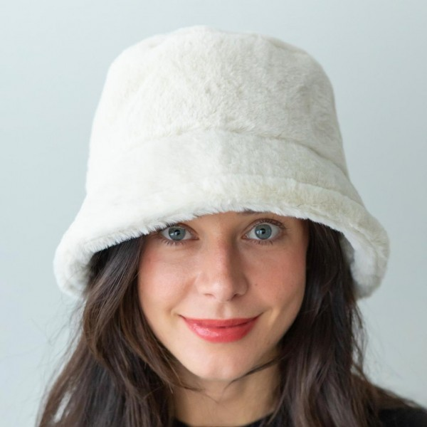 Ivory Faux Fur Bucket Hat.  - One Size Fits Most - 100% Polyester