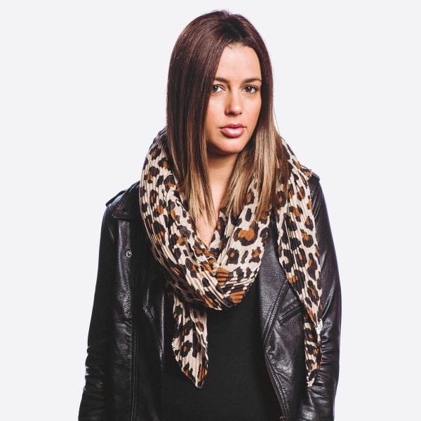 Wholesale lightweight leopard print scarf W L Polyester