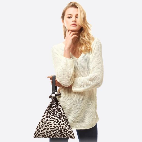 Wholesale leopard print top handle tote bag Square triangle Side button closure