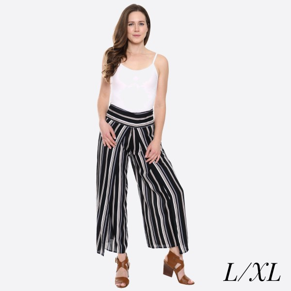 "Women's Black Striped Palazzo Pants.  - 4"" Elastic Waistband - Size: L/XL - Inseam approximately 27"" L - 100% Viscose"