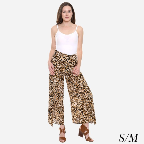 "Women's Leopard Print Palazzo Pants.  - 4"" Elastic Waistband - Size: S/M - Inseam approximately 27"" L - 100% Viscose"
