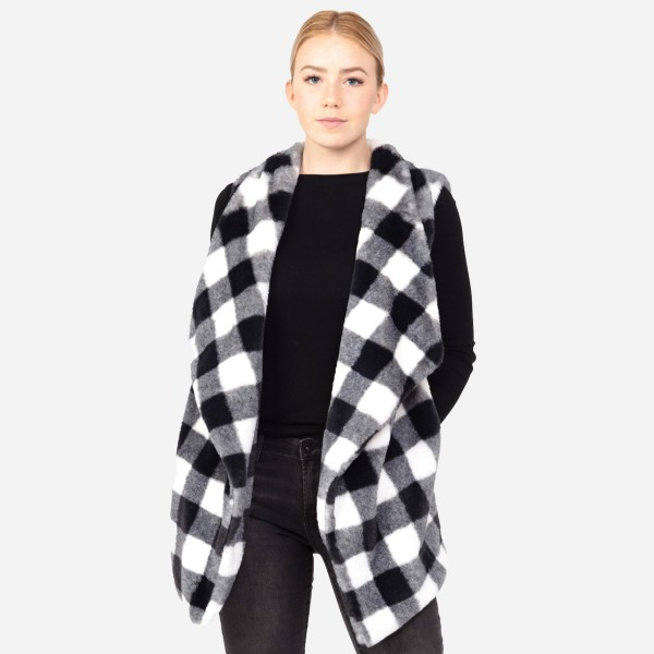 "Women's Faux Fur Buffalo Check Vest.  - One size fits most 0-14 - Approximately 31"" L  - Crepe Satin Lined - 100% Polyester"